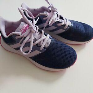 ADIDAS Sportschuhe Sneaker 34 SIL= 21 cm im super Zustand kaum getragen...