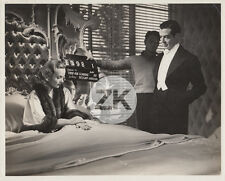 CAROLE LOMBARD Fools for Scandal GRAVEY LeRoy Bed CLAP Tournage Photo 1938