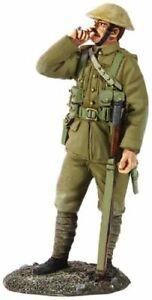 W Britain Toy Soldiers 23071 WWI British Infantry Standing Smoking 1916-1917