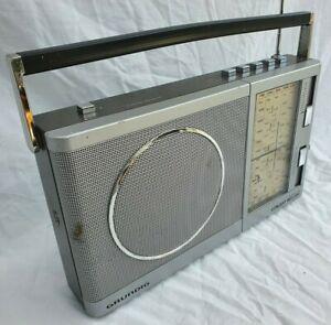 Grundig Concert Boy 200 Portable AM/FM Radio