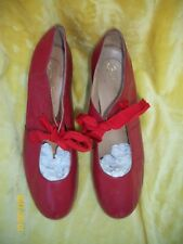 VINTAGE 1980'S 80'S FAMOLARE RED PUMPS SHOES VINTAGE 40'S STYLE 8.5