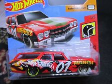 HOT WHEELS 2018 DAREDEVILS '70 CHEVELLE SS WAGON RED