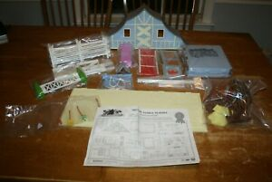 Horseland Deluxe Stable Playset 54 Pieces NO BOX but in plastic packaging LOOK!