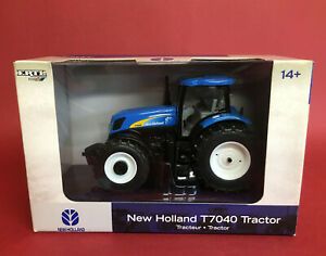 2007- Britains 1/32 Dealer Issue New Holland T7040 Tractor No13714 MIB