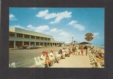 POSTCARD:  LAKE WORTH, FLORIDA - MUNICIPAL BEACH, CASINO, CLOCK & - 1950s AUTOS