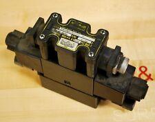 Parker D1VHW4CNYCF6 Hydraulic Control Valve With Parker BE Pin Regulator - USED