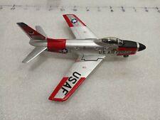 north american f-86 sabre 1:72