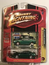 Johnny Lightning ~Modern Muscle R2~ 2000 Ford Mustang (4) *Limited Edition*