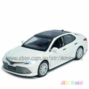 1:34 Toyota Camry 2019 Model Car Diecast Toy Vehicle Collection Kids Gift White