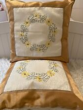 New Set Of 2 Decorative Throw Pillows With Insert Gold Trim Size 16x16�