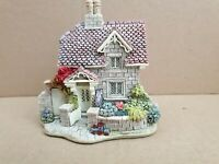 "Lilliput Lane ""Railway Cottage"" Mint,  Boxed .with deeds  (no 42)"