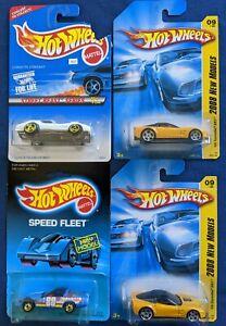 N67-Hot Wheels #30 blue card  '80s Corvette w/bag, Street Beast Stingray 2008
