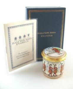 Halcyon Days Enamel Box Yeoman Warders Beefeaters  Tower of London  Boxed