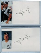 (2) TERRY BEVINGTON INDEX CARD SIGNED 1975-77 WHITE SOX MANAGER PSA/DNA CERTIFY