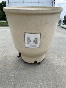 IH Farmall Fertilizer Hopper Side dresser Cub Super A 140 Great Condition