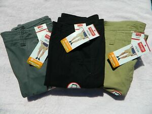 Mens Relaxed Fit Hits at the Knee Cargo Shorts - Various Colors & Sizes - NWT