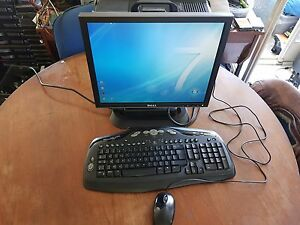 DELL Optiplex 745 Win 7 2,80 GHz 160Go 1Go, écran DELL 1707FP, Clavier, souris