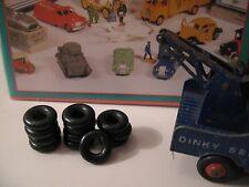 Dinky 12 GROS pneus noir lisse. 18/8.