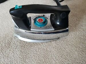 Vintage 1970's Hoover steam iron model 4004 original cotton lined cord