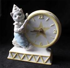 "Vintage 1989 SCHMID Porcelain Ceramic KITTY CUCUMBER  6 1/2""h Quartz Clock"