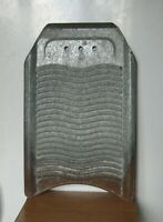Antikes Primitiv Metall Zink Waschbrett Größe 52 x 33 cm. Gewicht 1,5 kg.