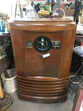 Zenith Long Distance Vintage Tube Console Radio