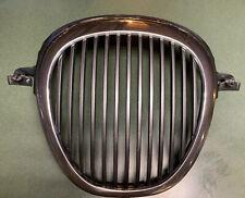 2000 Jaguar S Type Grill