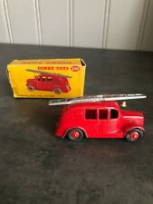 VINTAGE DINKY TOYS 250 STREAMLINED FIRE ENGINE
