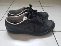 Nike Turnschuhe/ Sneaker, schwarz, 38,5 (UK 5,5) getragen