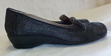 "Soft Style Hush Puppies Size 8N NWOT Black Multi 1.5"" Heel Fabric Upper Non Skid"