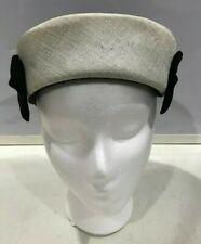 Womens Handmade 1940s Vintage Black & White/Ivory Pillbox Hat w/ Side Bows J1