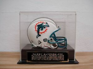 Barry Sanders Football Mini Helmet Display Case With A Lions Engraved Nameplate