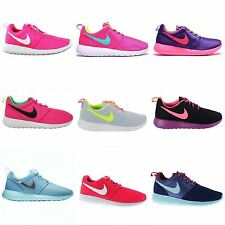 Nike Roshe Run Textile Kids Trainers