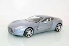Mondo Motors 1:18 Aston Martin One-77 metallic CL9695 o.