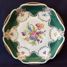 Porcelaine Allemagne allemande plat décor floral lambrequins dorures estampillé