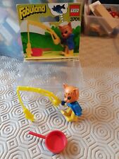 LEGO FABULAND 3701 CHARLIE CAT THE FISHERMAN