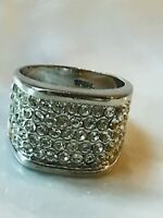 Estate Wide Clear Rhinestone Encrusted Silvertone Band Ring Size 9– top of ring