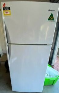 Westinghouse WTM4200WB 420L Freestanding Refrigerator - White
