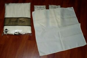 VERSAILLES CREPE OBLONG BEIGE TABLECLOTH and NAPKINS (8)