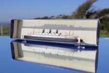 RED STAR LINE SS BELGENLAND BASSETT LOWKE WATERLINE MODEL SHIP BOXED & MINT