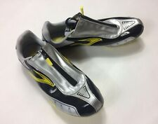 Brooks Mens Size 9.5 D Track Shoes Silver Black Yellow Zipper
