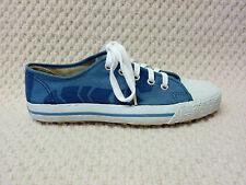 Original 1970s UNISEX  pumps / trainers / deck shoes - by dunlop size 5