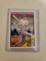 10 lot group of 1988 Topps Traded Baseball Card #40T Kirk Gibson