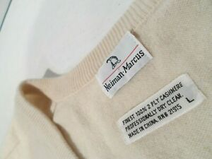 Neiman Marcus Men's 100% Cashmere Sweater Size Large Beige 2 Ply Soft V-Neck Top