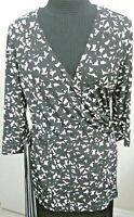 Laundry by Shelli Segal Women's White/Black  V-Neck 3/4 Sleeve Blouse Cross Sz M