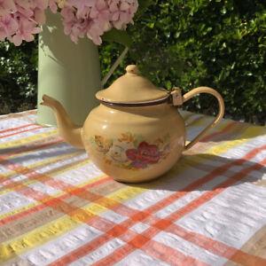 Charming Small Enamel Teapot 0.7L Roses Design Mustard Enamelware 1950s?