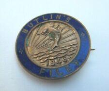 More details for vintage butlin's filey holiday camp 1946 enamel pin badge