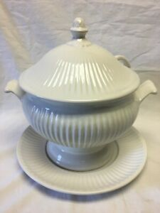 Soup Tureen Ladle Lid White Vintage California Pottery Ivory Buffet Table Soup Serving Bowl Do Your Soup A Favor Put It In Here