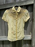 Bebe Blouse Floral Embroidered Button Up Top Short Sleeve XS Small Yellow Shirt