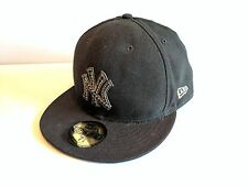NEW ERA GENUINE 59FIFTY 7 5/8, 60.6cm FITTED HAT caps